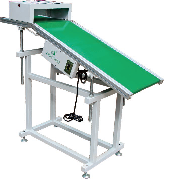 Wave soldering output conveyor
